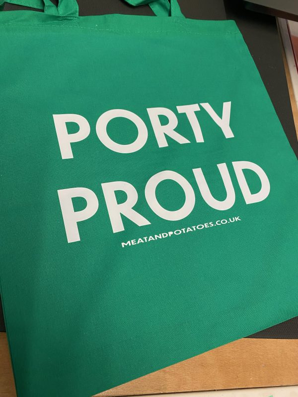 Meat and Potatoes Porty Proud tote bag green